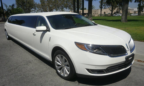 10 Pas Lincoln MKS