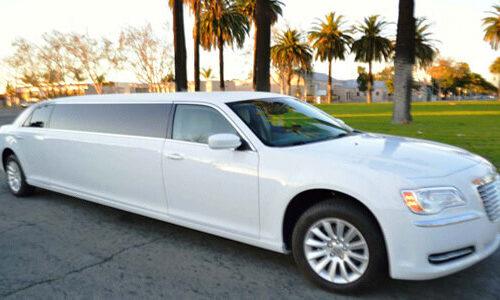 8-Pas-Chrysler-Limousine-500x300 Fleet Of Limousines