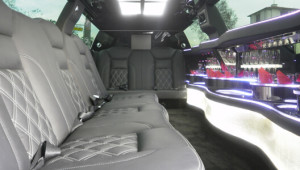 rent a limo inside image