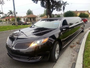 Lincoln-Limousines-300x225 Lincoln Limousines Prove To Be One Of The Best