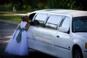 wedding-limo1-300x200 Wedding limo service