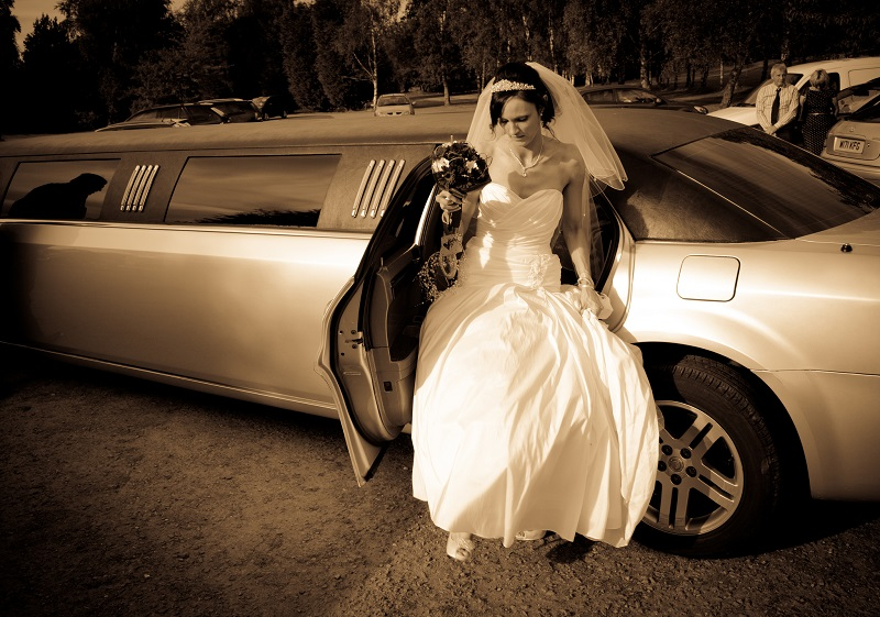 Hire The Best Car For Your Wedding