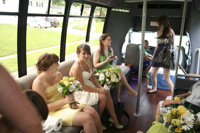7 Party Ideas To Hold In A Party Bus
