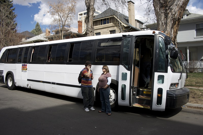 Renting A Party Bus? 6 Things You Should Know