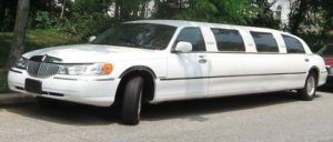 White_Lincoln_Town_Car-Limo_service_company_los_angelesjpg-789x336-300x128 Limo Fleet